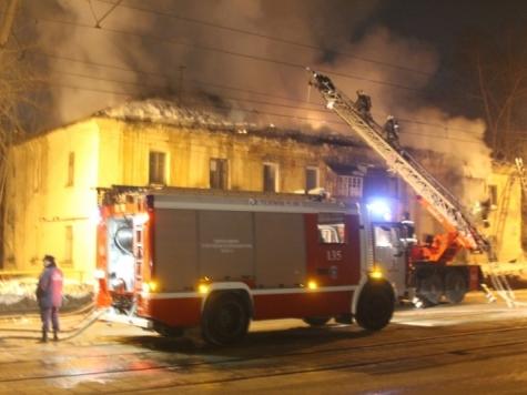 Пожар вБарнауле: «Детей выбрасывали изокон»