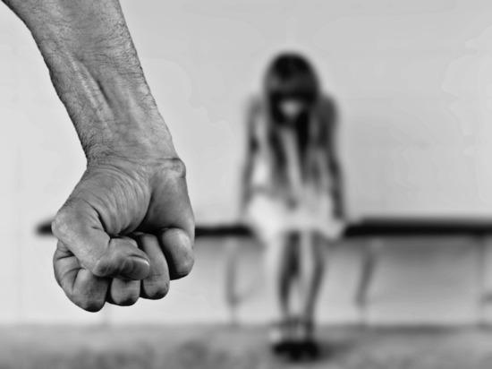 Госпитализация непомогла обвиняемому визбиении дочери наАлтае избежать домашнего ареста