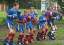 Полицейские Барнаула провели День физкультурника с воспитанниками детского лагеря